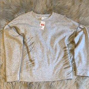NWT GRAY OVERSIZED SWEATSHIRT WITH SILVER CHAINS L